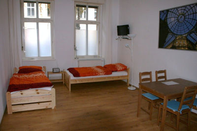 berlin prenzlauer berg ferienwohnung driesener stra e. Black Bedroom Furniture Sets. Home Design Ideas