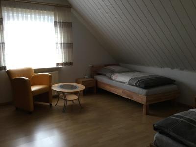 cremlingen bei braunschweig ferienwohnung 39 bei beate 39. Black Bedroom Furniture Sets. Home Design Ideas