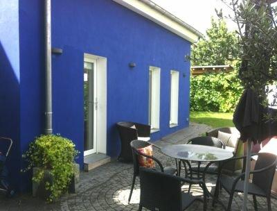 dreieich bei frankfurt kleine pension 39 das blaue haus 39. Black Bedroom Furniture Sets. Home Design Ideas