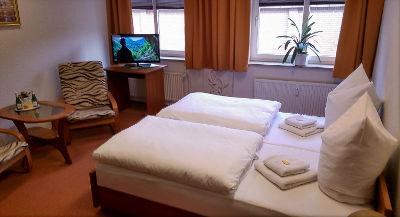 hamburg wandsbek hotel pension am eichtalpark. Black Bedroom Furniture Sets. Home Design Ideas