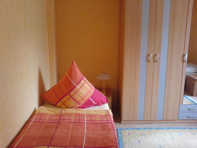 Schlafzimmer Gaste Wurzburg #17: Würzburg Ferienwohnung Michalek: Schlafzimmer